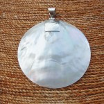 Mother of Pearl large round Pendant
