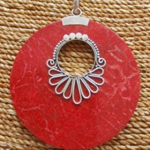Red Sponge Coral large Round Pendant