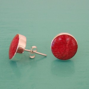 Red Sponge Coral round stud earrings
