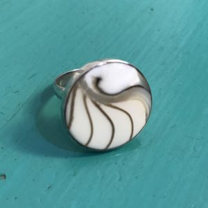 Round White Nautilus Ring Small