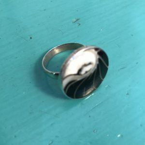 Round Black Nautilus Ring Small